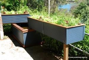 Un joli kit aquaponique sur un balcon