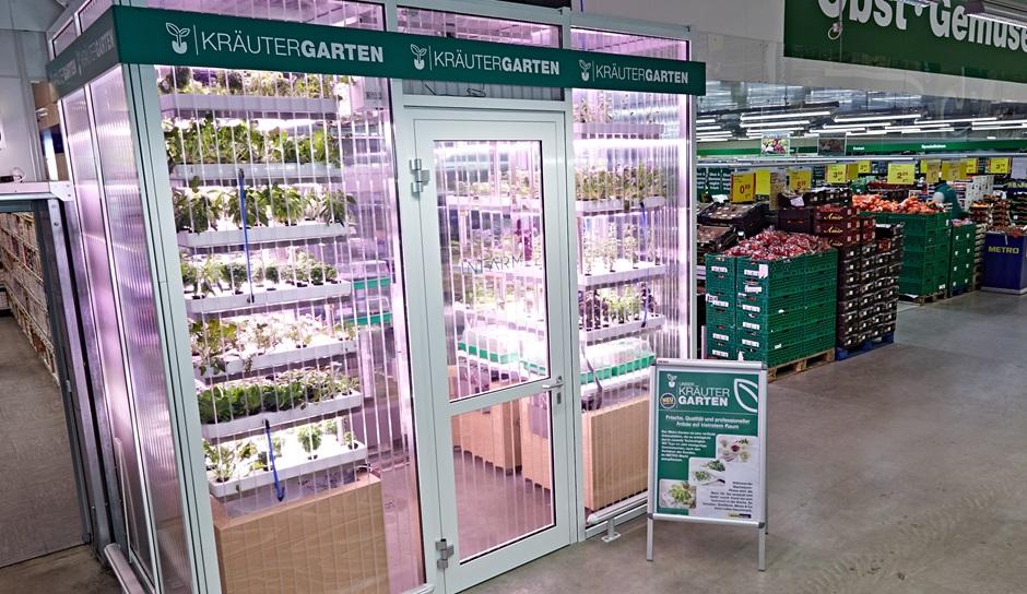 infarm-ceuillir-legumes-bio-supermarche-berlin